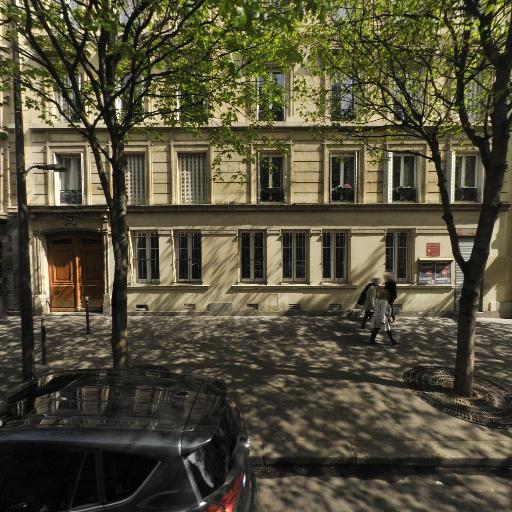 Grant Laura - Guide-interprète et conférencier - Paris