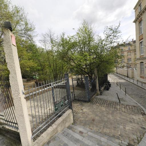 Le Jardin Naturel - Parc et zone de jeu - Paris
