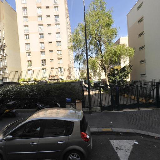 Bariah Ramdan - Coursiers - Paris