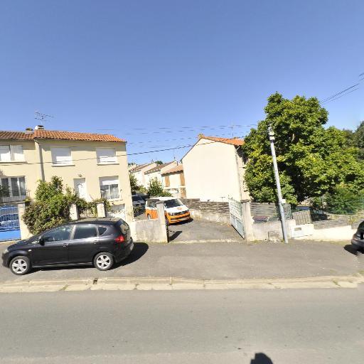Sweet Van - Location d'automobiles de tourisme et d'utilitaires - Angoulême