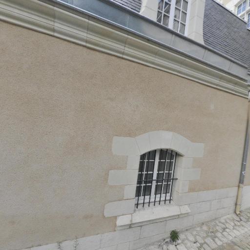 Gymnase des Feuillants - Gymnase - Poitiers