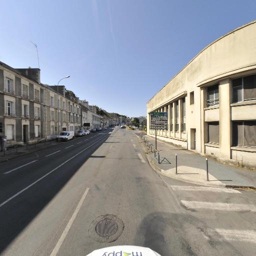 Association Des Artisans Taxis Indépendants Du District De Poitiers - Taxi - Poitiers