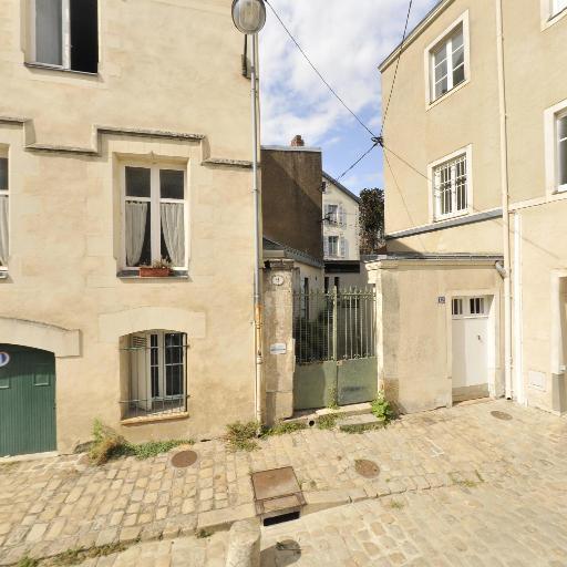 Vingt Mille Lieues Sous Les Mers - Location d'appartements - Nantes