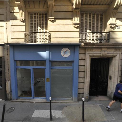 Selma Britel - Soins hors d'un cadre réglementé - Paris
