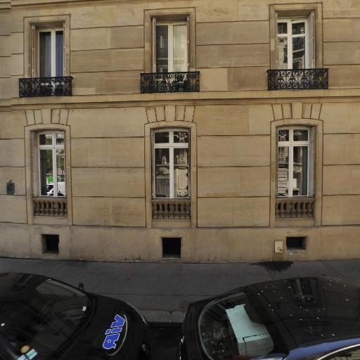 A la Ville de Pétrograd - Restaurant - Paris