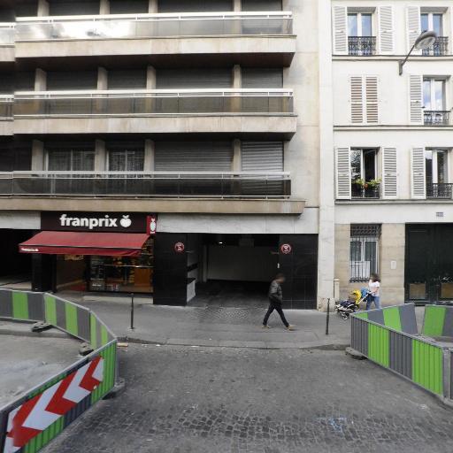 Bower Mouna - Conseil en communication d'entreprises - Paris