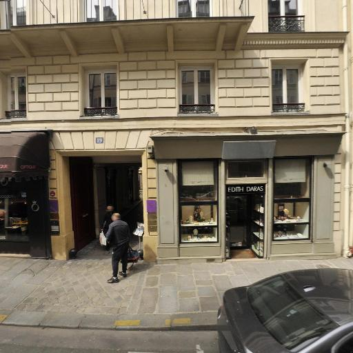 Christine Laure - Dépannage informatique - Paris