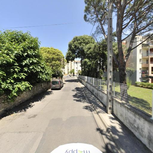 Livradom Services - Services à domicile pour personnes dépendantes - Nîmes