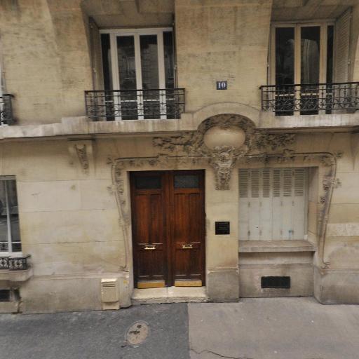 Alain Guilhaume - Soins hors d'un cadre réglementé - Paris