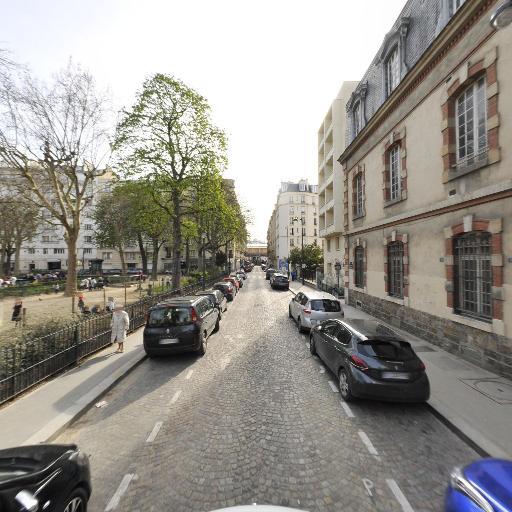 Square Franck Bauer - Parc, jardin à visiter - Paris