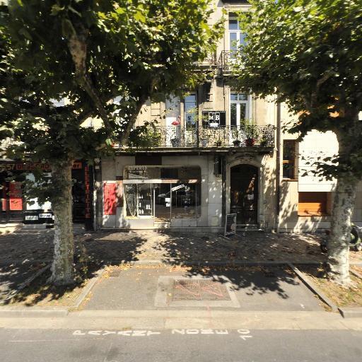 Men In Beauty Corner - Manucure - Bordeaux