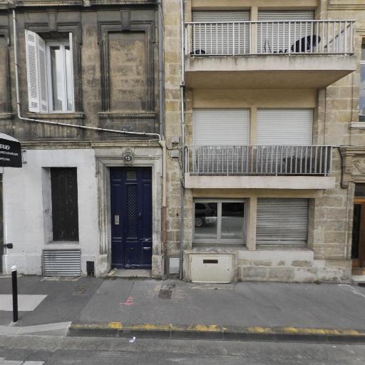 Aqui-parquet Le Parqueteur - Pose, entretien et vitrification de parquets - Bordeaux