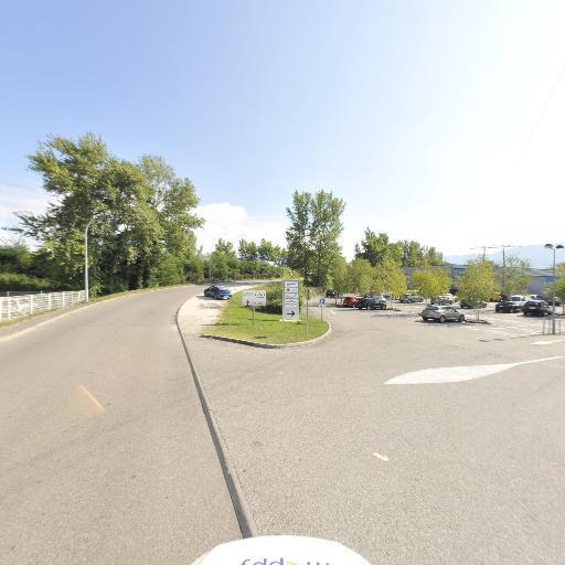 Décathlon essentiel - Magasin de sport - Chambéry