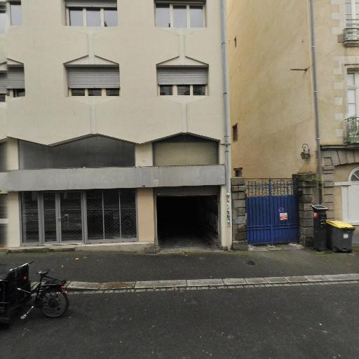 Librairie La Procure - Librairie - Rennes