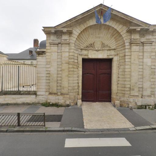 COMUE Centre-Val de Loire - Éducation nationale - services publics généraux - Orléans
