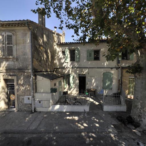 Jai'S - Développement et tirage photo - Arles