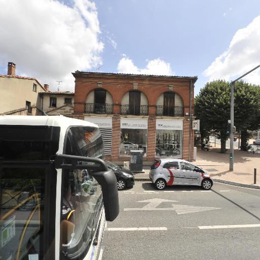 Fr66 - Magasin de meubles - Toulouse