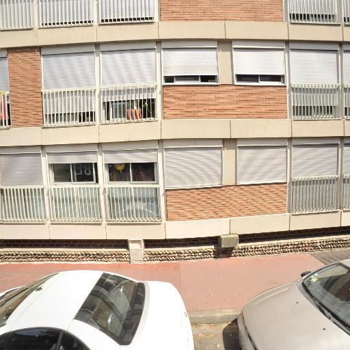 C.s.f - Dépôt-vente de meubles - Toulouse