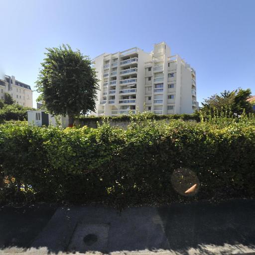 Vergez Honta - Expert en antiquités et objets d'art - Biarritz