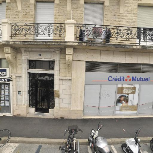 Dr Petit et Vital-Petit SCM - Chirurgien-dentiste et docteur en chirurgie dentaire - Biarritz