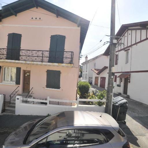 Maison Marie Ella - Fabrication de maroquinerie - Biarritz