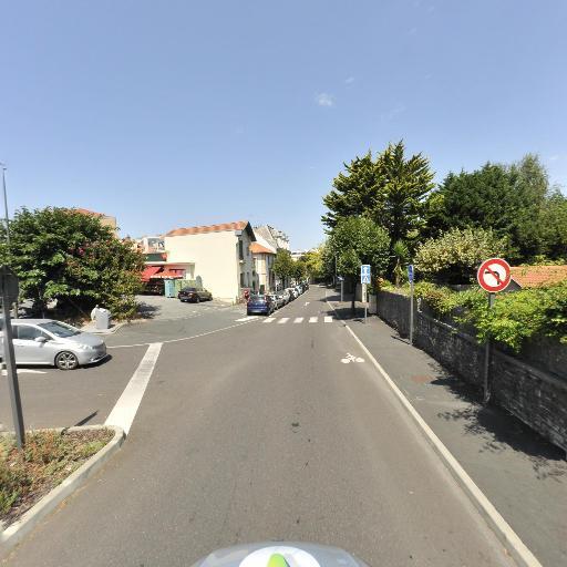 Petit Casino - Alimentation générale - Biarritz