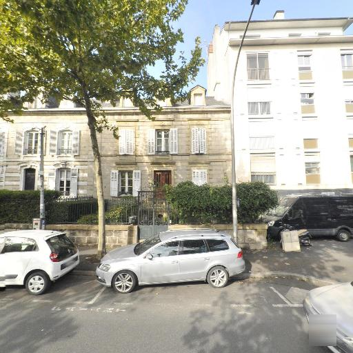 Sarl Nadin Chateau - Résidence de tourisme - Brive-la-Gaillarde